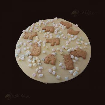 Pizza z piankami marshmallow i ciastkami