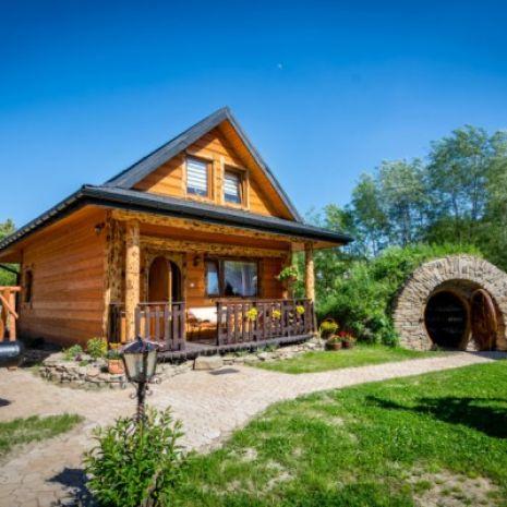 CHATY ANETY / całoroczne domki