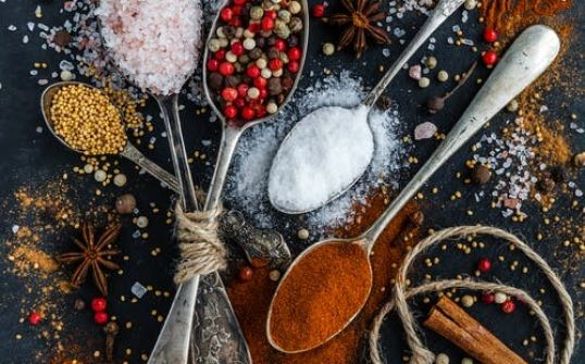 Mieszanka: pomidor, czosnek, chili