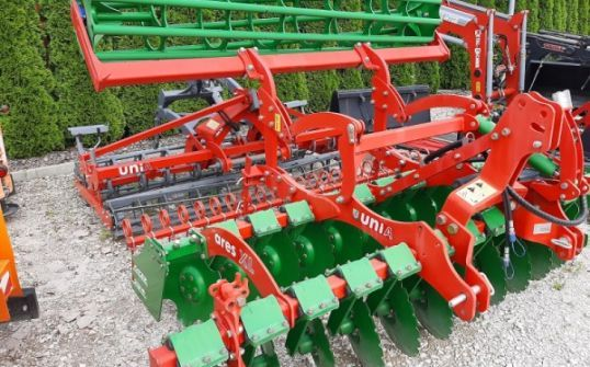 Agregat uprawowy Unia Ares XL Roller Up 3