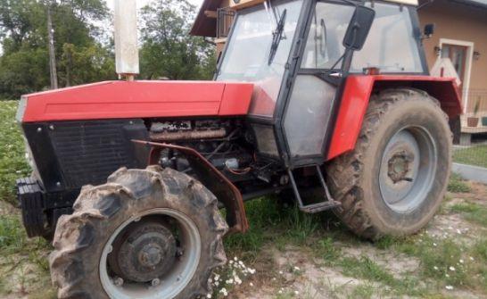 Ciągnik Zetor 12011