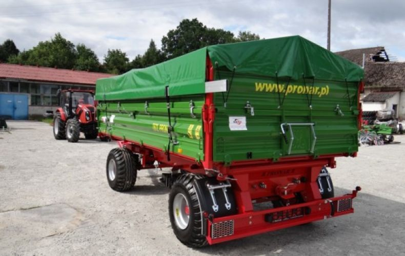 Przyczepa rolnicza komunalna dwuosiowa T 672 PRONAR 8t
